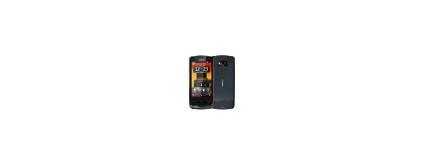 Lumia 700.